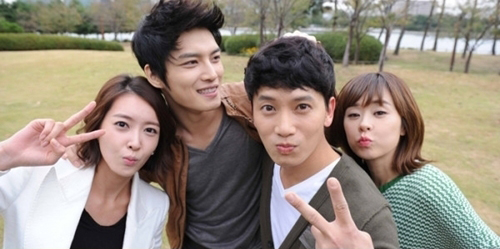 Protect the boss couples